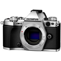Цифрова системна фотокамера Olympus E-M5 mark II Body silver