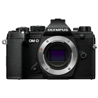 Цифрова системна фотокамера Olympus E-M5 mark III Body Black